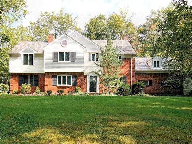 7072 fair oaks dr amberley real estate house styles