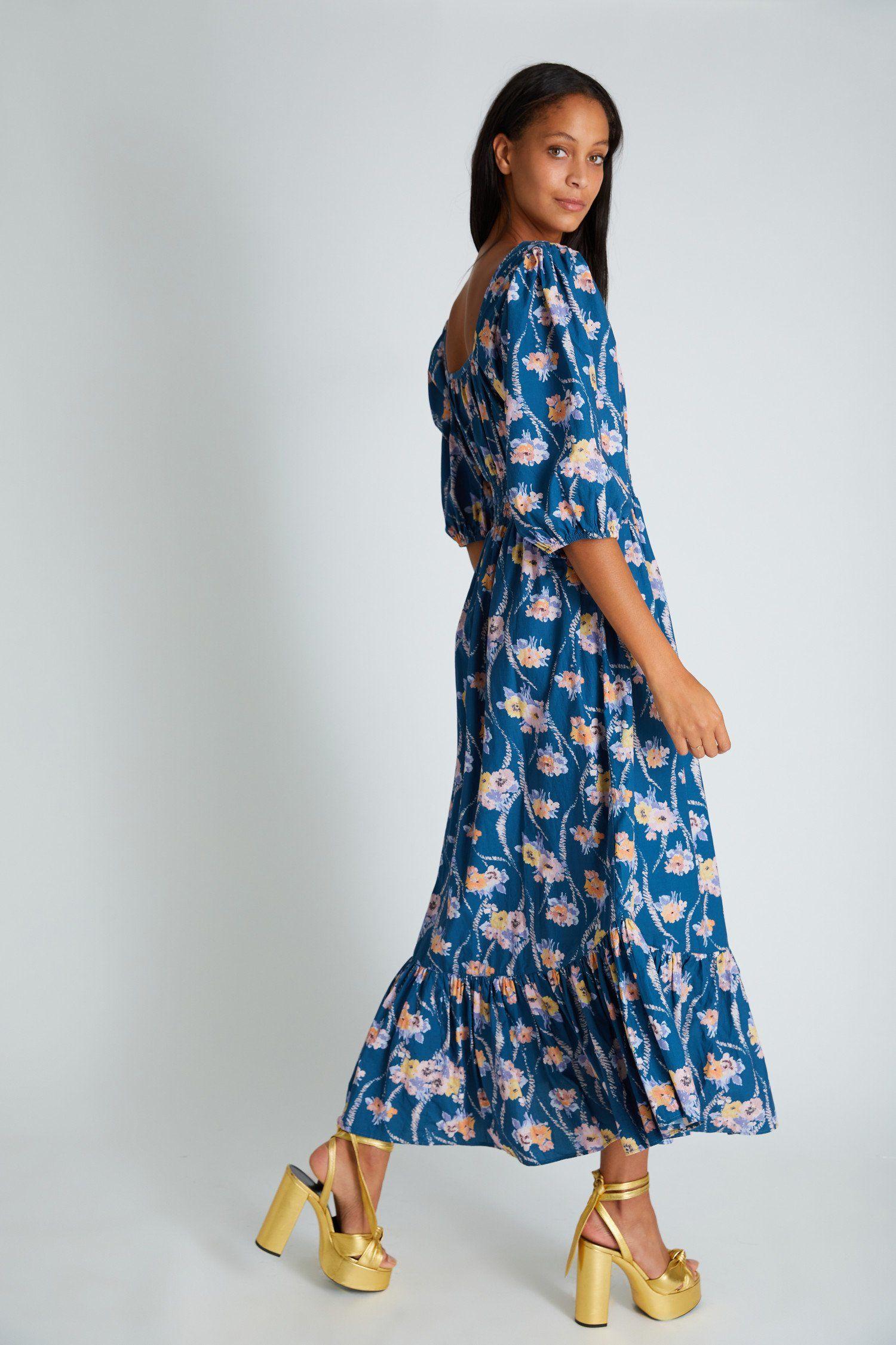 Minnia Maxi Dress In 2021 Maxi Dress Simple Maxi Dress Dresses [ 2250 x 1500 Pixel ]