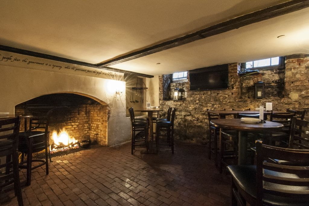 About The 1747 Pub Reynolds Tavern With Images Tavern