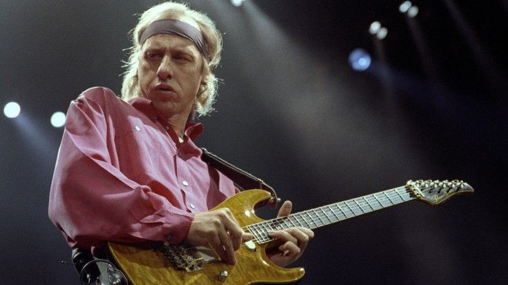 Love Dire Straits Listen To Mark Knopfler S Isolated Guitar Track Of Sultans Of Swing Mark Knopfler Sultans Of Swing Solo Music