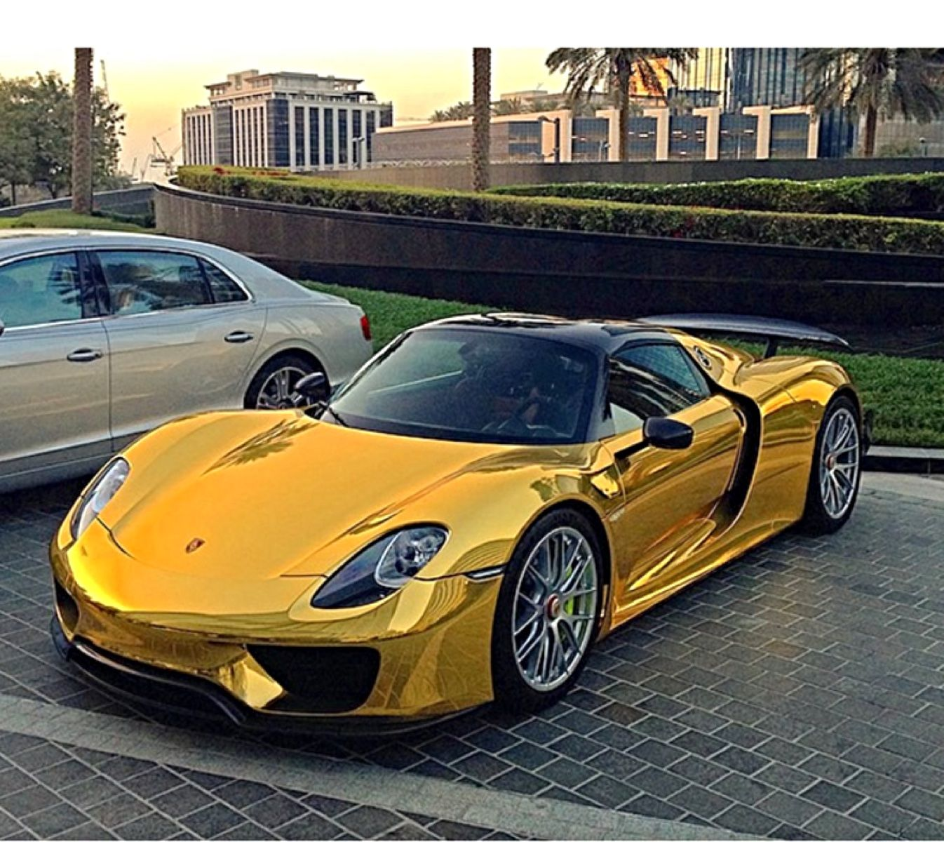 Pin On Lifestyles Of The Rich (Cool Cars, Houses, Jewelry