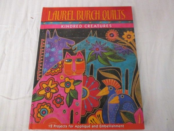 shopgoodwill.com - #32377768 - Laurel Burch Quilts Book - 8/24/2016 7:36:00 PM