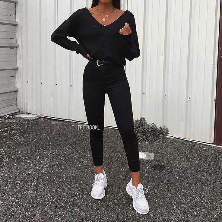 Woman All Black Outfits #woman #fashionoutfits #blackoutfit #fashiontrends #fashion #dressesforwomen #blackfashionblogger #blackfashion #fashiontrends2019 #falloutfitsschool2019