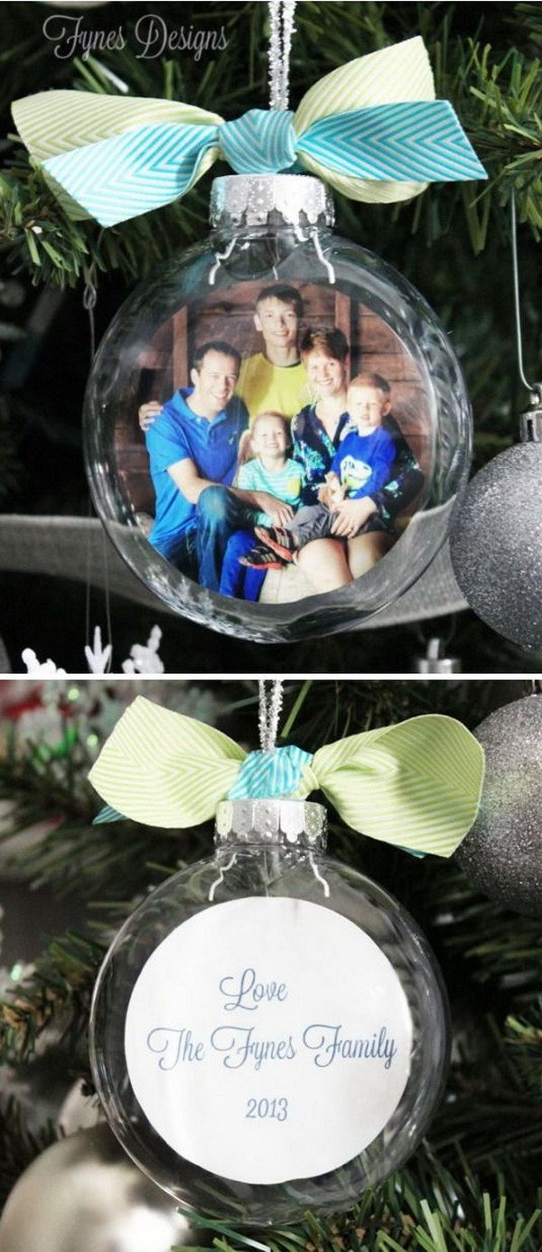 DIY Glass Photo Ornaments. What an easy and special ornament to make this Christmas! It makes the perfect Christmas gift for your grandparents.