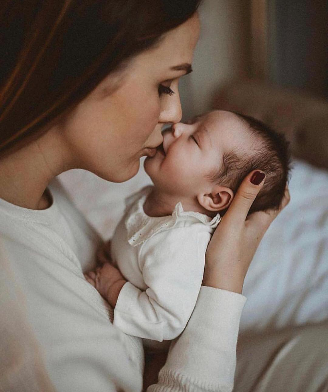 Pin By Maree Frances Kelly On One Born Every Minute A Family Is Made Newborn Baby Photography Newborn Baby Photos Newborn Photoshoot