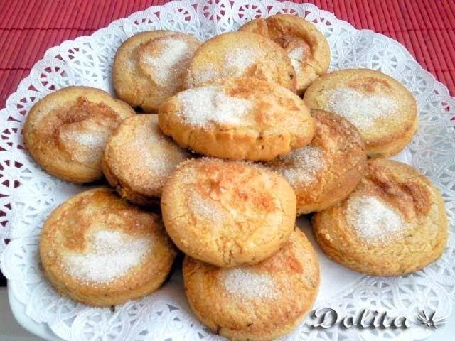 Esta clase de tortitas son típicas, por cercanía,de la zona norte de Sevilla, Córdoba y Extemadura. Forma parte de mis inevitables recuerd...