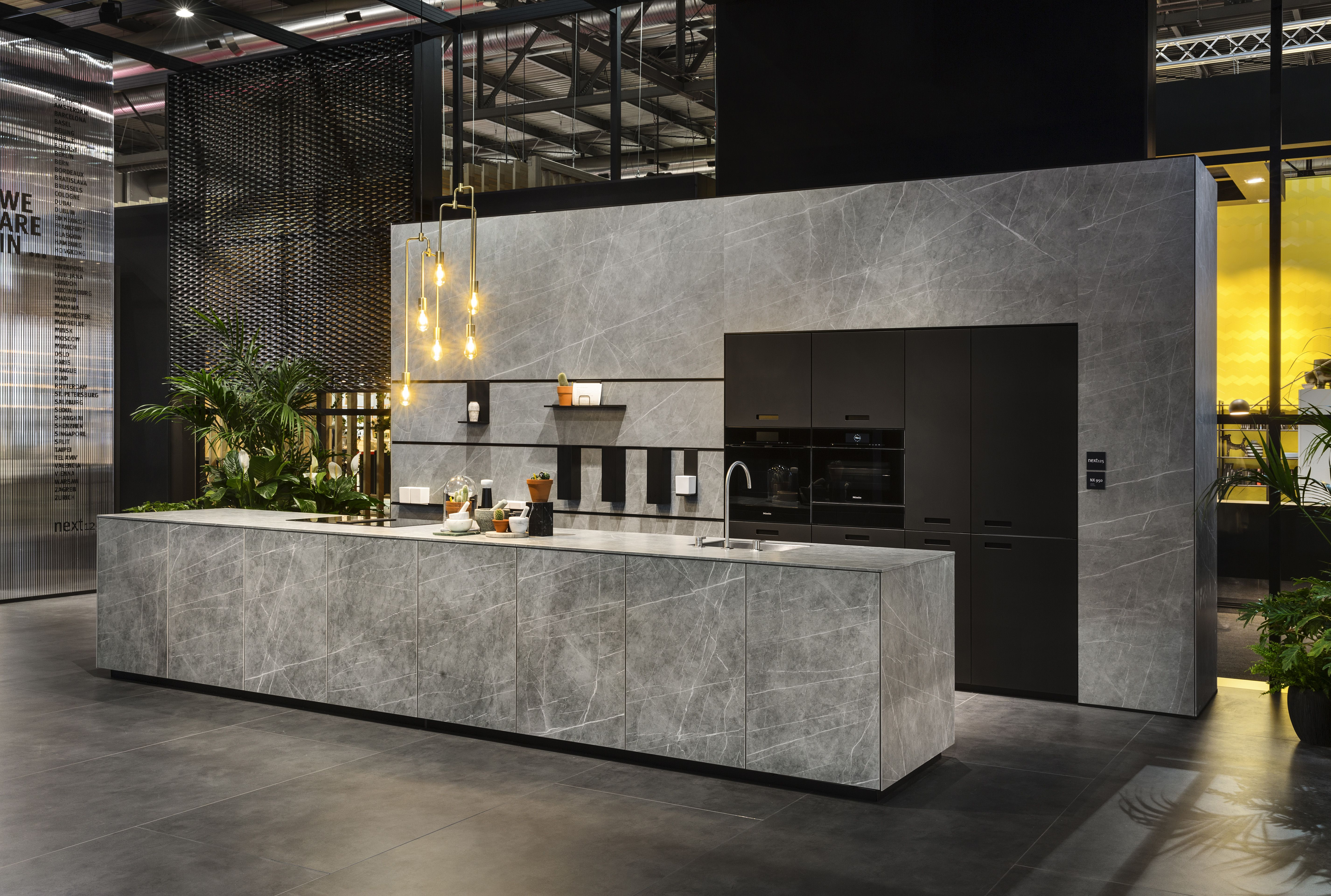 Stand Schuller Next Neolith Fusion Zaha Stone