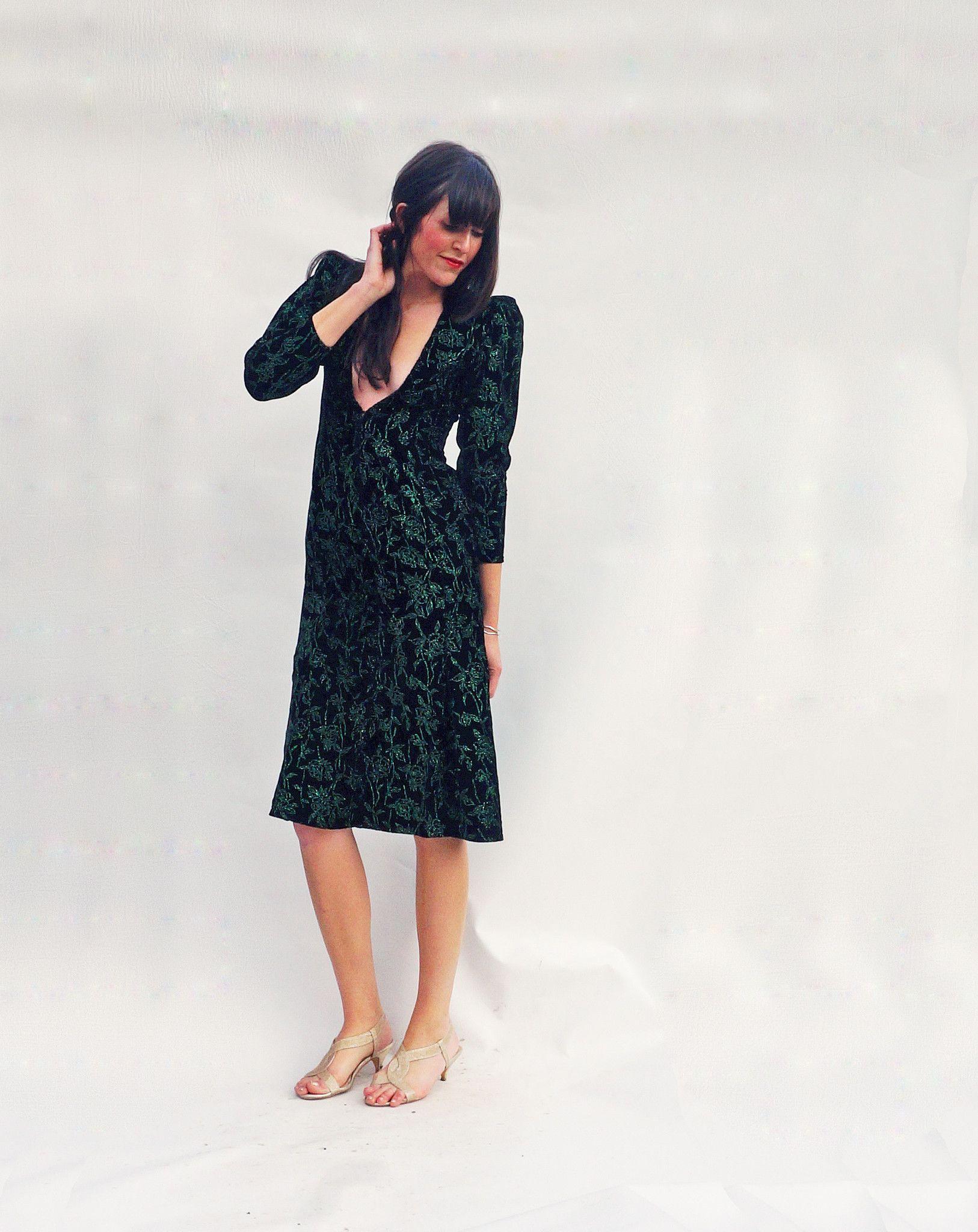 Vintage s long sleeved low cut black velvet dress matching