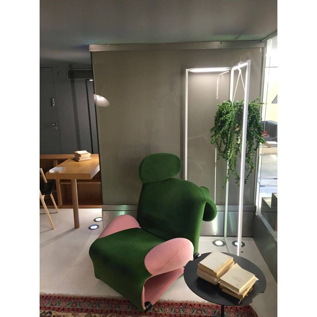 Nemo Lighting Is An Italian Company That Was Founded In Milan In 1993 By Franco Cassina See There With Images Furniture Design Modern Furniture Design Eames Lounge Chair