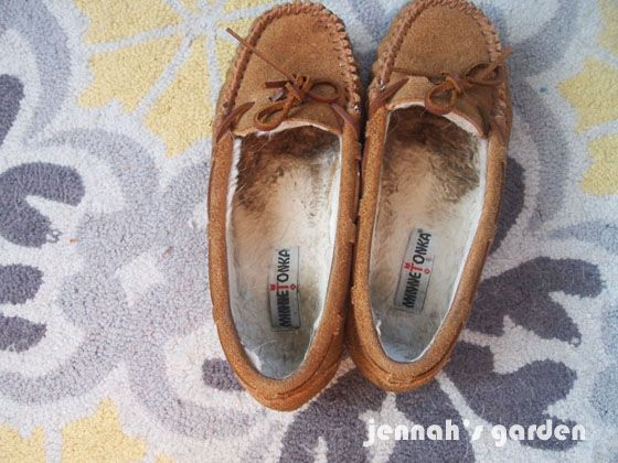 Cleaning The Inside Of Fleece Lined Shoes Or Slippers Ugg Boots Cheap Shoes Womens Ugg Boots