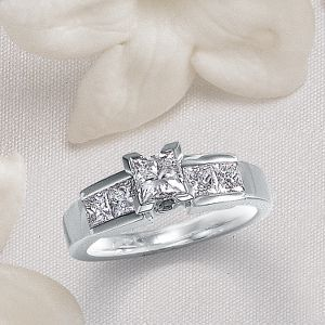 i love this lady katherine ring by helzberg - Helzberg Wedding Rings