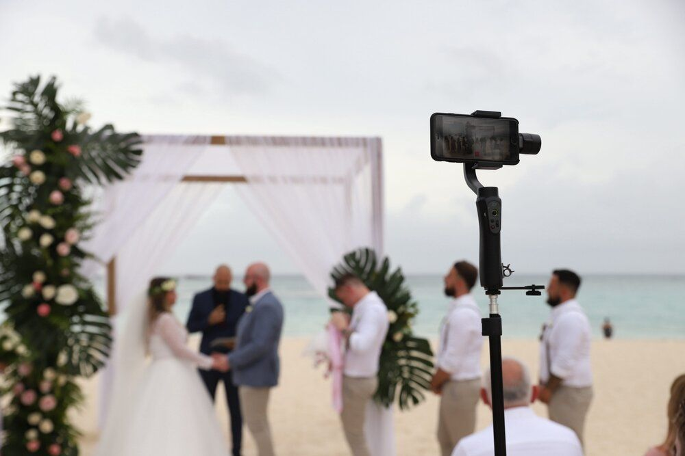 Pin On How To Live Stream Your Wedding For Guests
