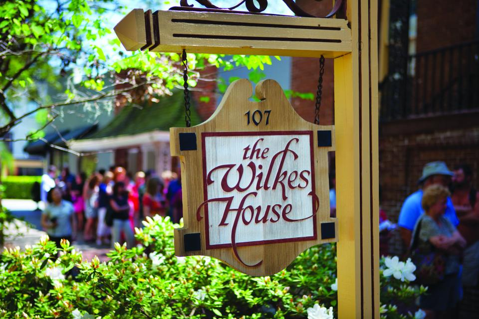 These 5 Savannah Restaurants Are Worth Traveling For Visit Savannah Savannah Restaurants Savannah Chat Savannah Ga Restaurants
