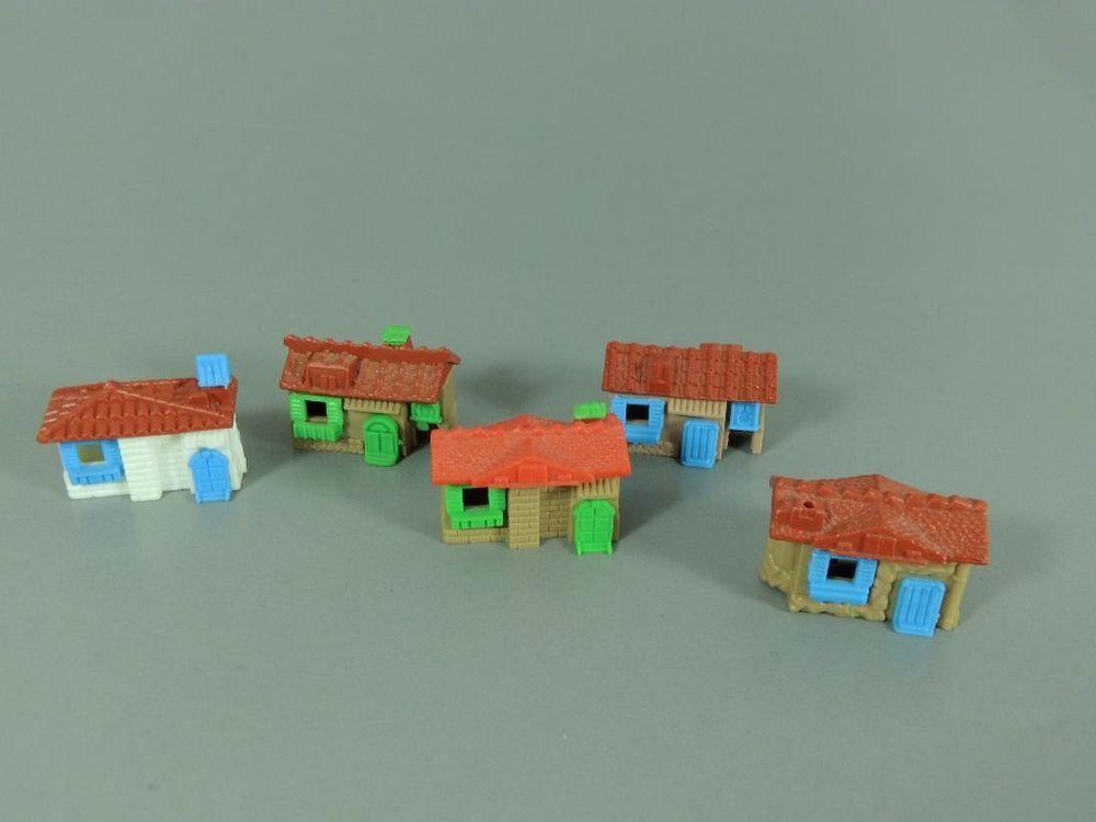 SPIELZEUG Häuser 5x EU 1988 (1x fehlt Schornstein