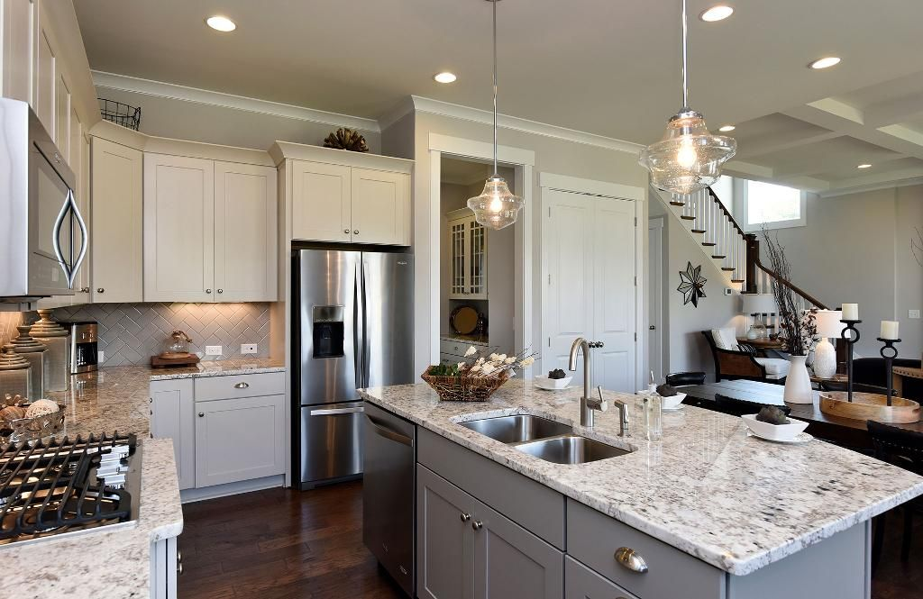 Möbel Drees kitchen with large serving island the buchanan floor plan drees