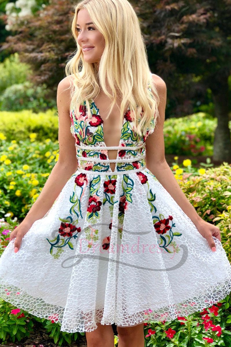 Aline white short homecoming dress with floral in prom