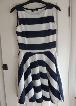 67f71e738d Pin by Kat Lund on Selling Some Clothes | Dresses, Work dresses for ...