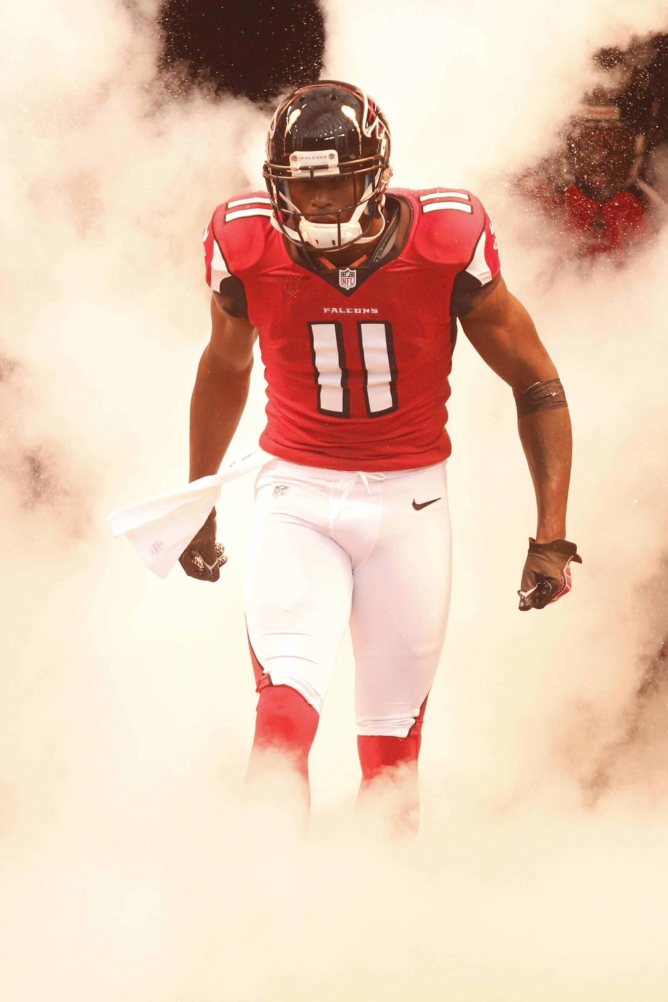 Julio Reporting To Training Camp Upvote Party With Images Julio Jones Photo Quality Training Camp