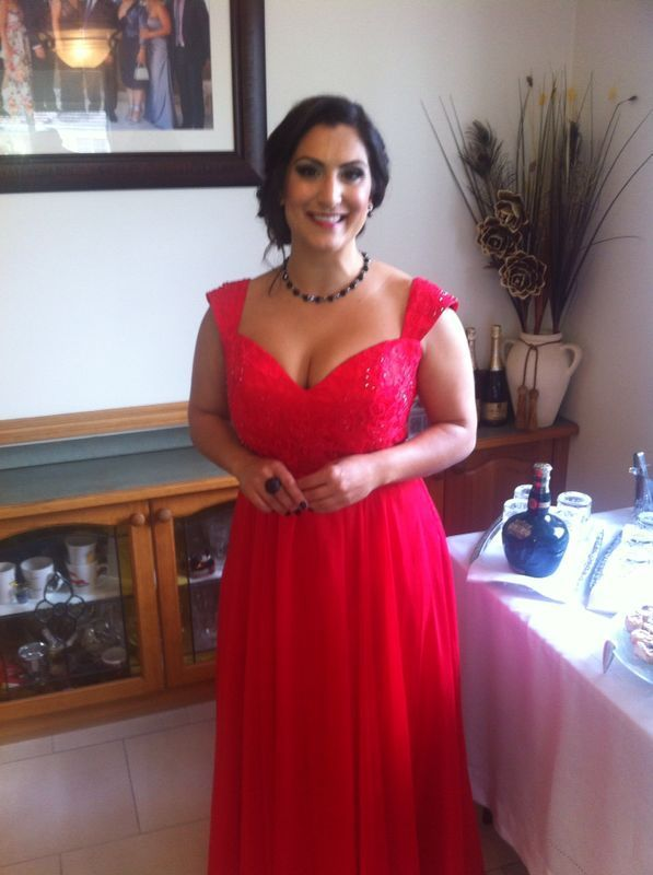 our beautiful customer wearing B039 in red