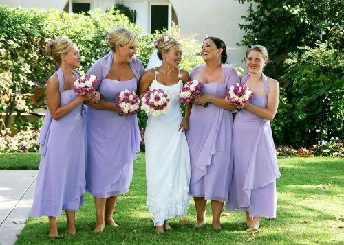 The wedding retinue