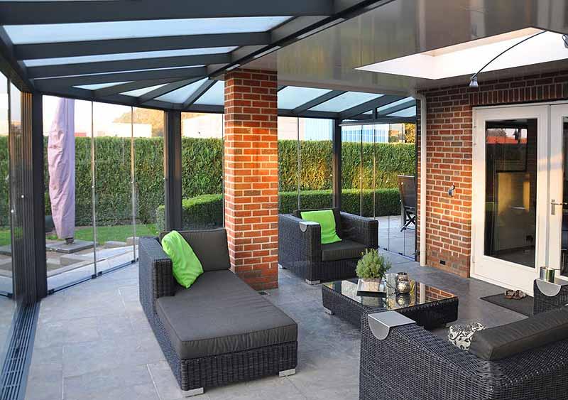 Alles Ist Moglich Terrassenuberdachung In Sonderanfertigung Uberdachung Terrasse Terrassenuberdachung Terrassen Dach