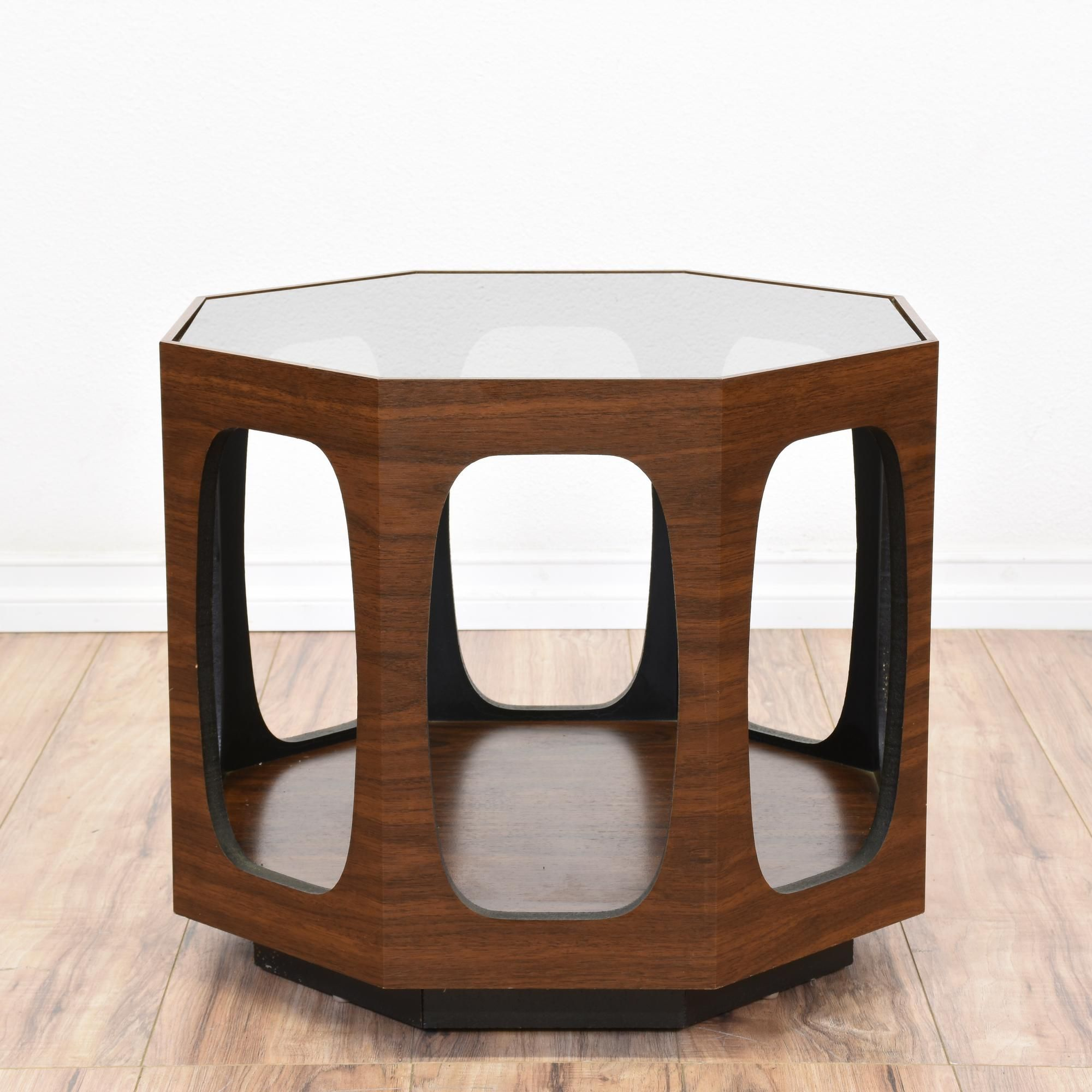 This Mid Century Modern End Table Is Featured In A Wood With A Glossy  Walnut Grain Finish. This Side Table Is In Great Condition With An Octagon  Glass Table ...