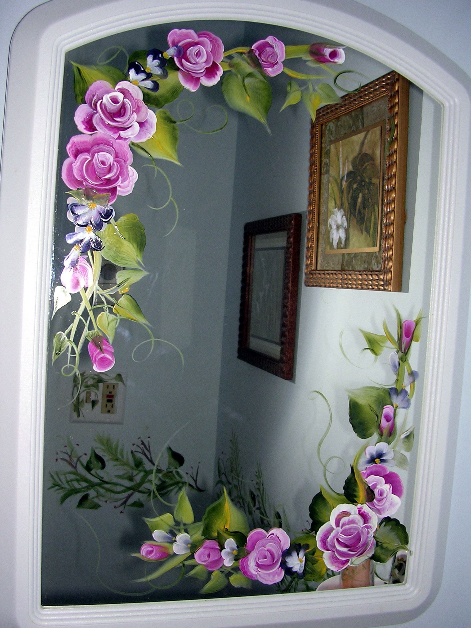 Glass painting designs on mirror for Mirror glass design