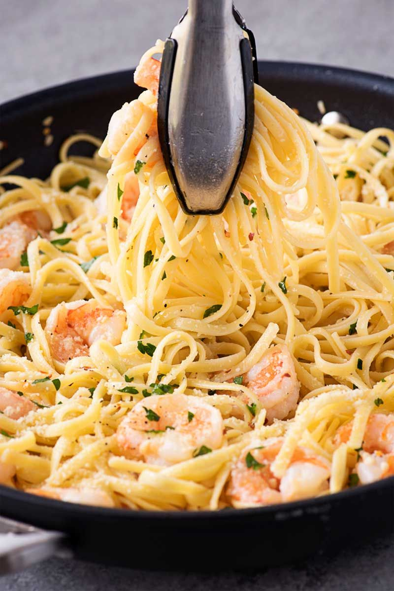 How to make shrimp scampi and linguine