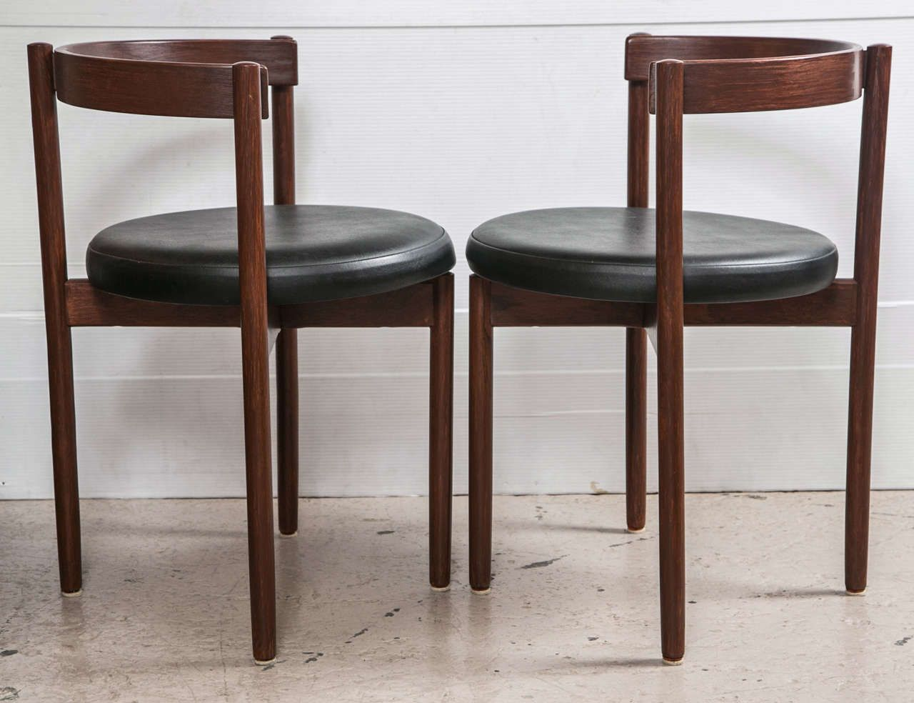 Set Of 8 Mid Century Danish Control Dining Chairs Image 9