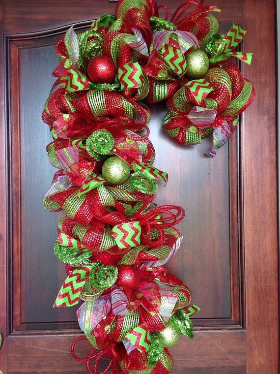 How To Decorate A Cane Candy Cane Wreathdwbhdesigns On Etsy  Christmas Decor