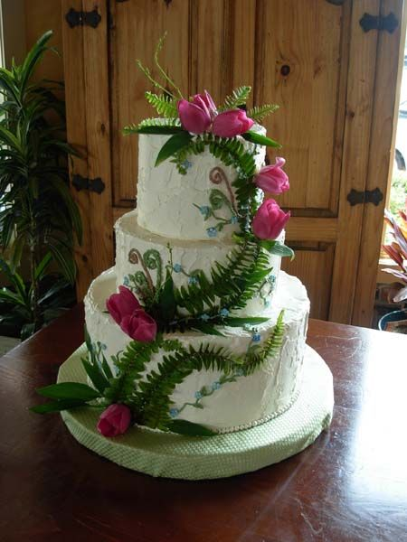 Heavy to Medium Spackled Buttercream with Fern and Tulips