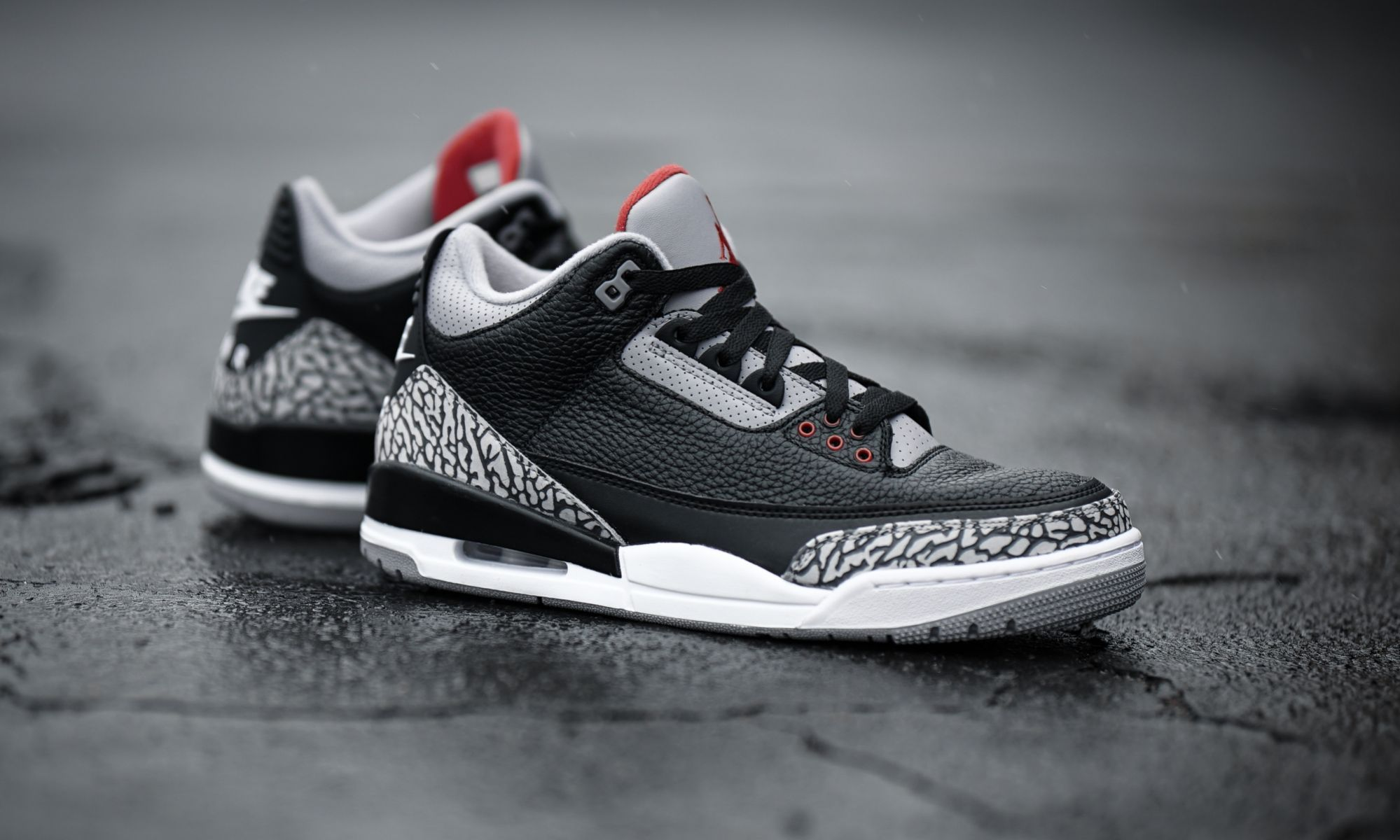 69ac587dffee Air Jordan 3 OG Black Cement in 2019