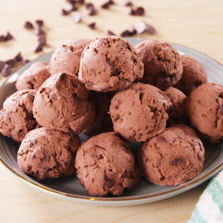 Keto Brownie Bombs, #Bombs #Brownie #Keto #ketogenicdietfatbombs