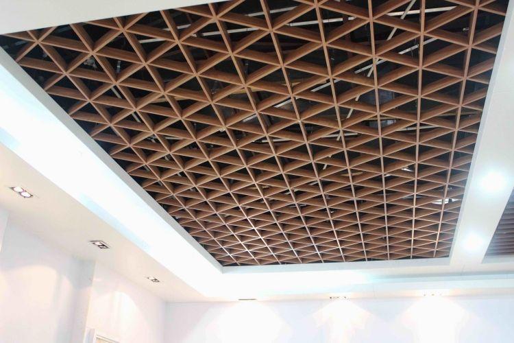 Dekorative Dreieckige Deckenpaneele Aus Aluminium Deckenpaneele Deckenbekleidung Deckenverkleidung