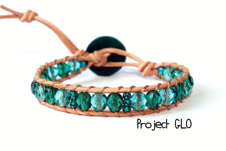 Leather Turquoise Glass Beads Wrap Bracelet Braccialetto da avvolgere al polso Cuoio Mezzi Cristalli Sfaccettate Turchese di ProjectGLO su Etsy