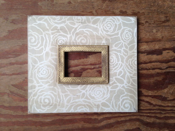 Bloom 5x7 Distressed Frame Relaxed Khaki on Vintage White with Gold ...