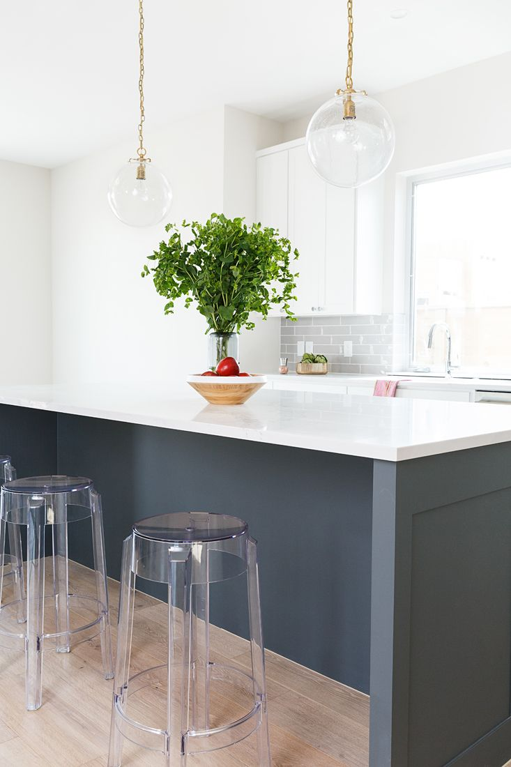 pin by allison crawford on mueller modern farmhouses small kitchen modern farmhouse kitchen on farmhouse kitchen small id=39185