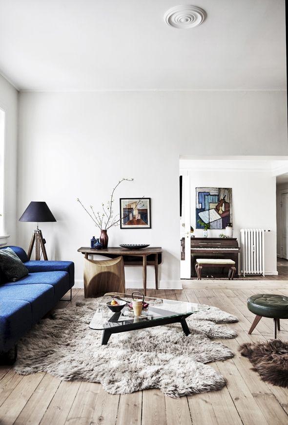 Living room with blue sofa | LIVING ROOM - BLOG | Pinterest | Living ...