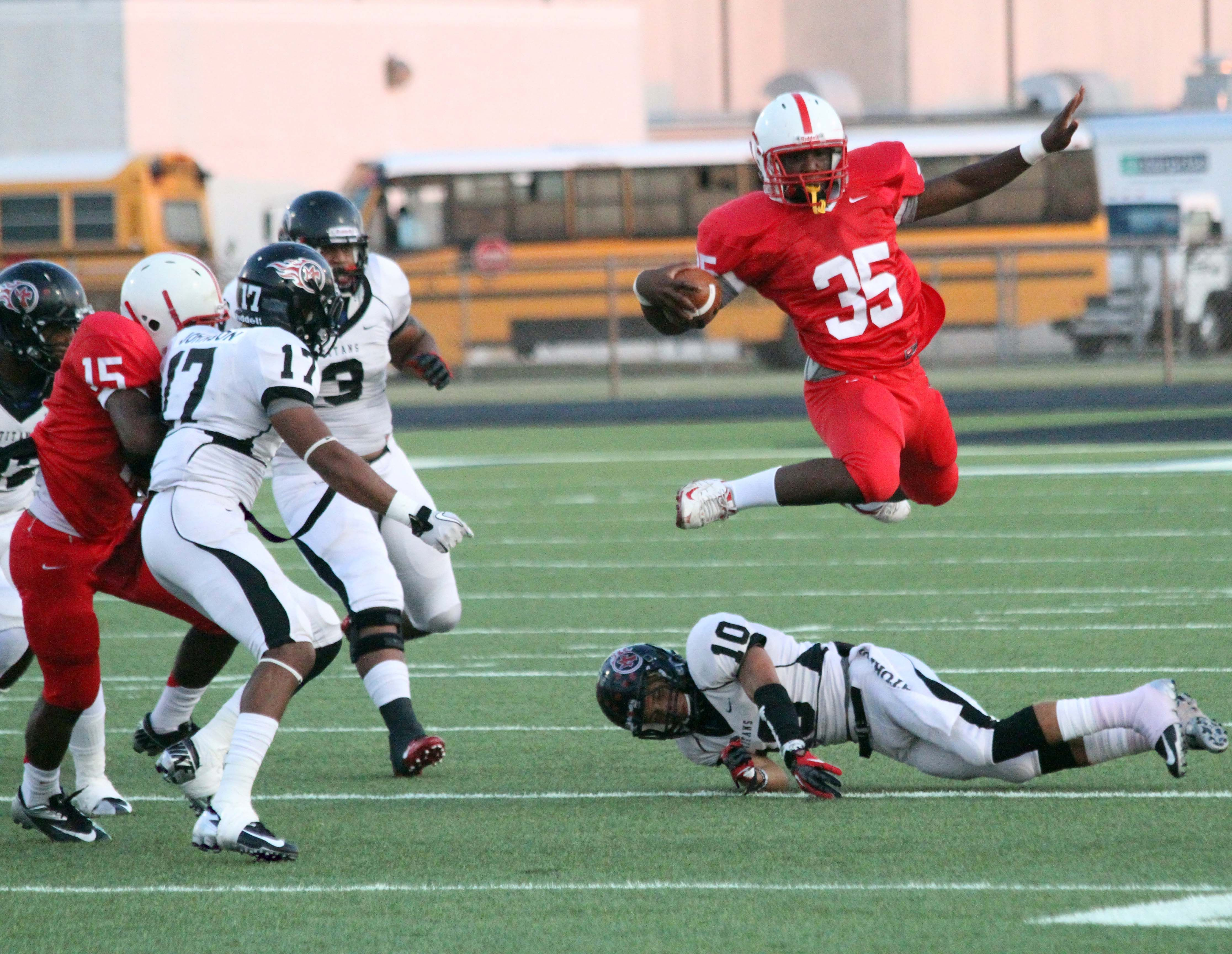 Sports, Football, Stop action, Rule of Thirds. Bellaire
