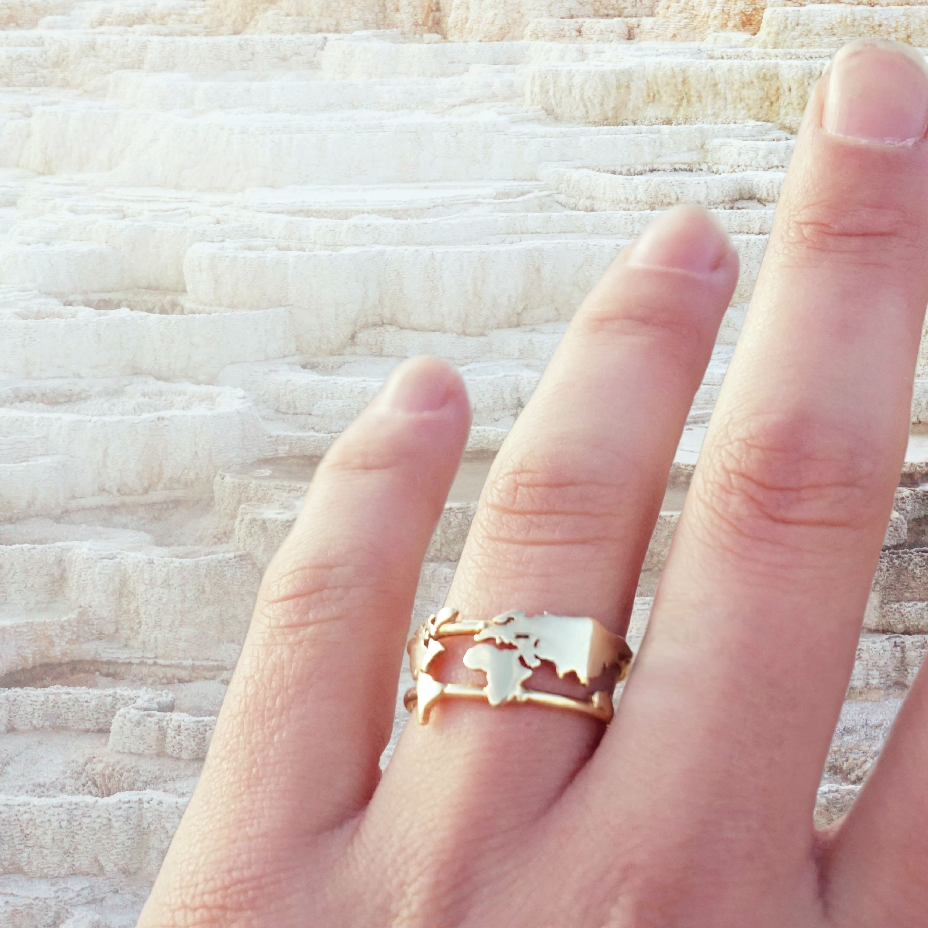 The worlds more unconventional engagement ring xx #ofthefree ...