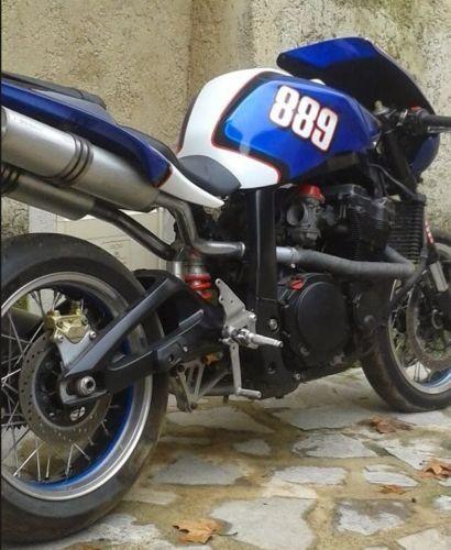 suzuki bandit 1100 gsxr nouveau conducteur c de moto suzuki en tr s bon tat ann e 2006. Black Bedroom Furniture Sets. Home Design Ideas