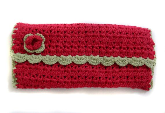 Crocheted Make up/Cosmetics Bag by HunnybeeCrafts on Etsy