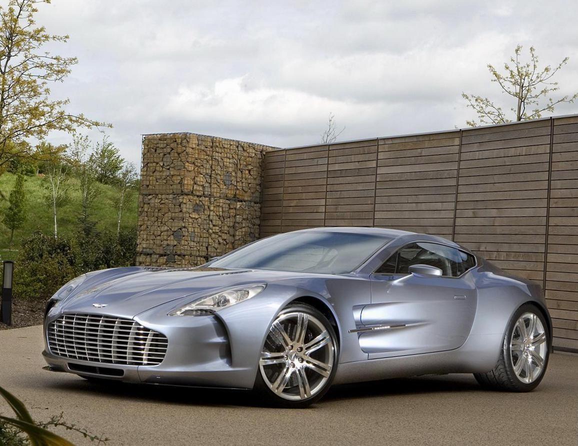 Aston Martin One 77 Photos And Specs Photo Aston Martin One 77 Reviews And 25 Perfect Photos Of Aston Aston Martin Aston Martin Cars Aston Martin Sports Car