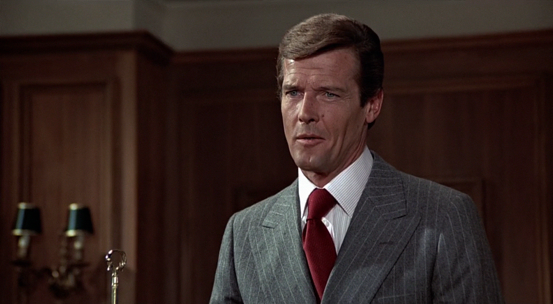 The Man With The Golden Gun James Bond Roger Moore The