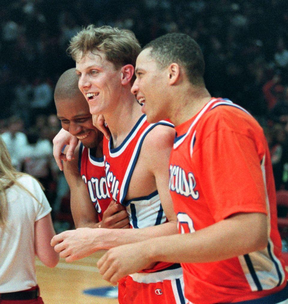 20 Best Syracuse Basketball Plays On Anniversary Of Hakim Warrick S Block Syracuse Com Syracuse Basketball Nc State Basketball Basketball Plays
