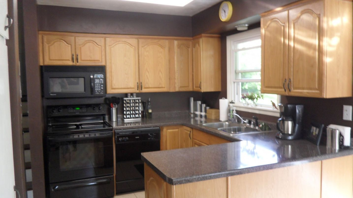 99 kitchen paint colors with light oak cabinets  country