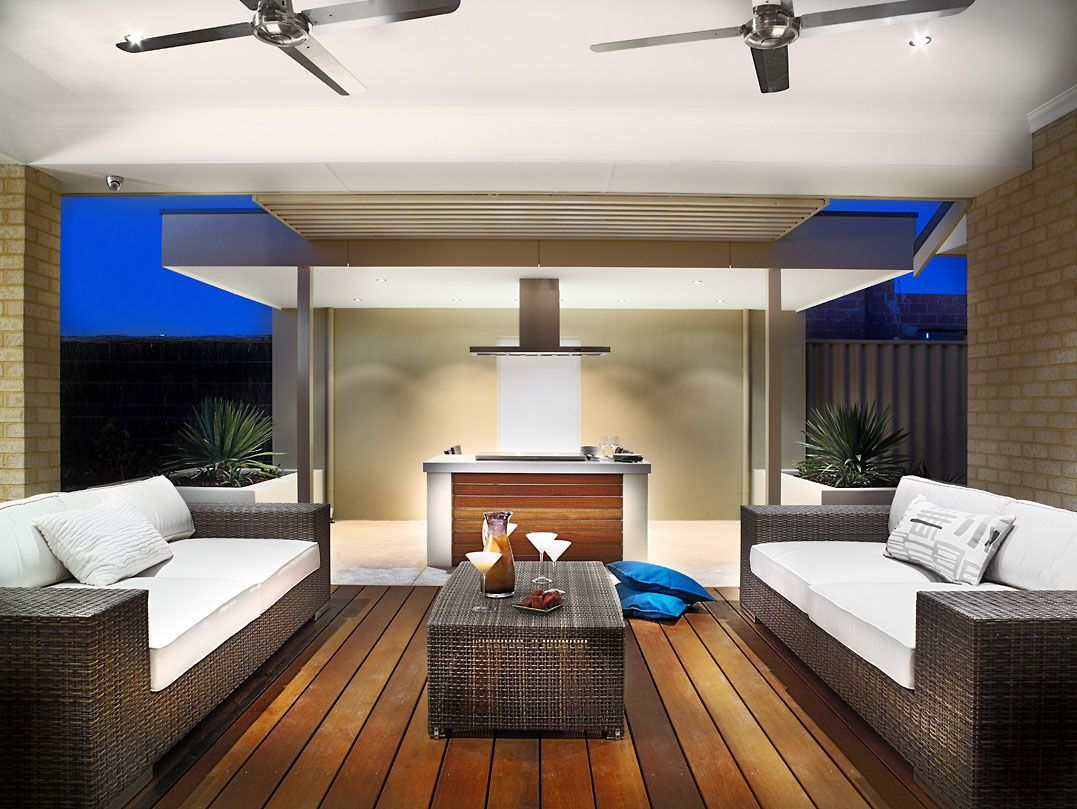 Builtin BBQ and bar perfect for entertaining on summer