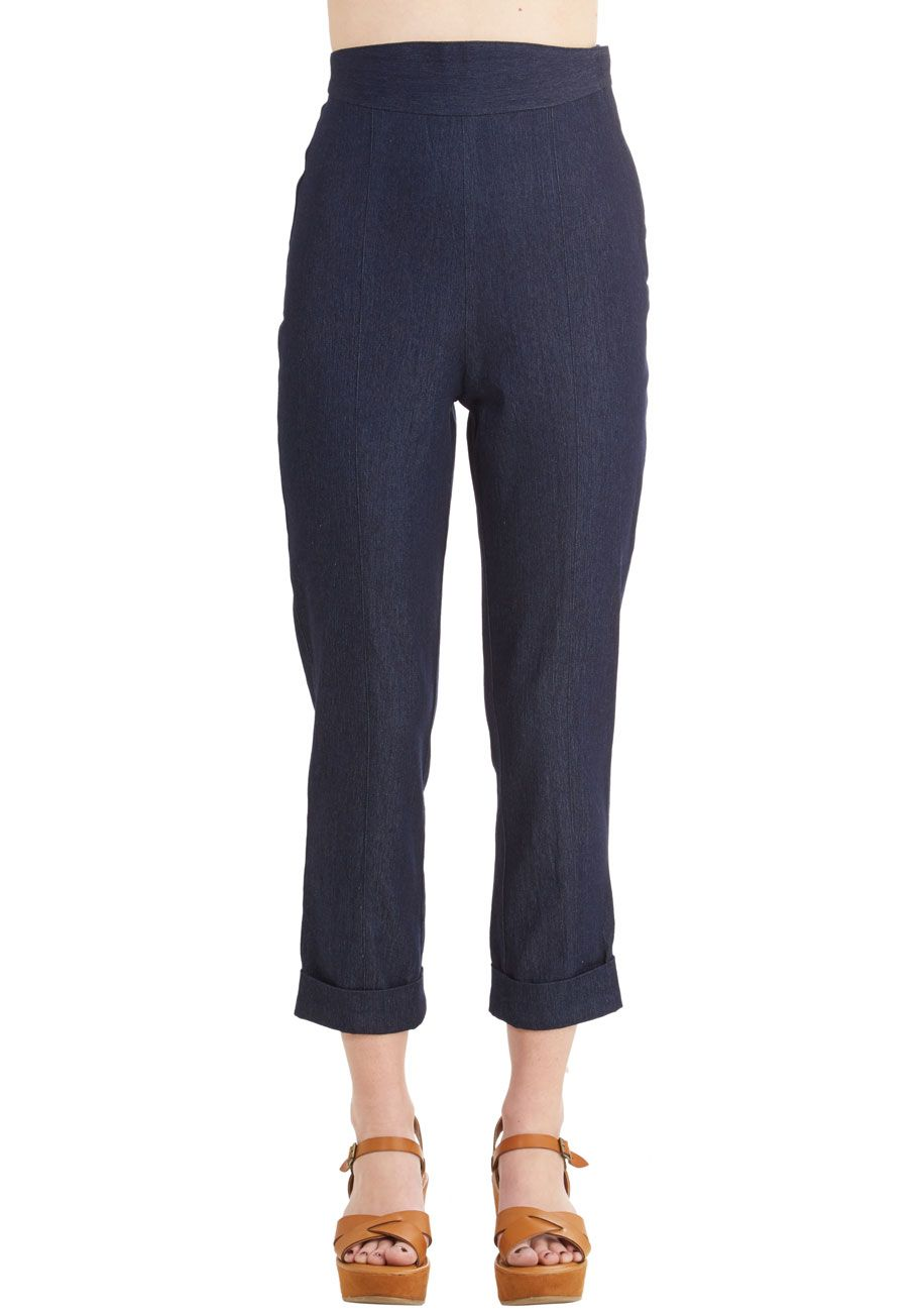 Capris to Make Your Acquaintance Pants. There are no strangers in the world - just people you havent met yet. #blue #modcloth