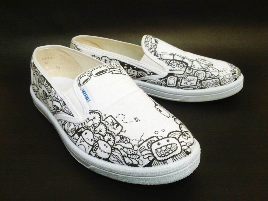4809eb1e06860b Doodle Shoes by ~flyingblind on deviantART