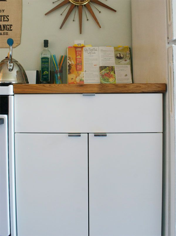 Merveilleux Ikea Base Cabinet W/ Slide Out Trash Cans And Butcher Block Top. Would Be  Great With Shelving On Top.